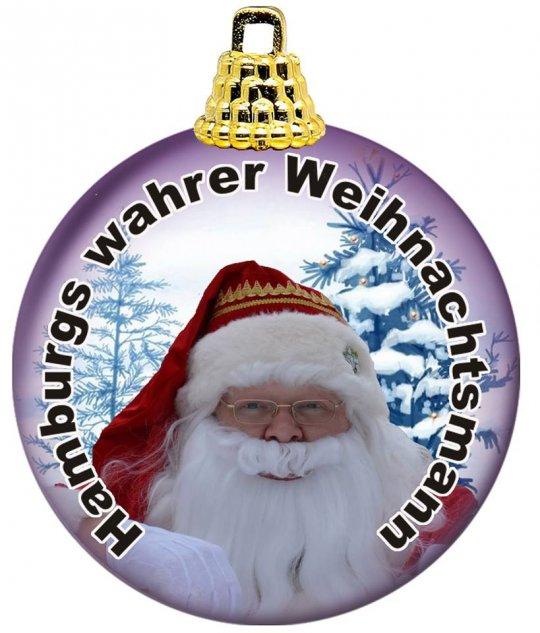 Hamburgs wahrer Weihnachtsmann in einer Baumkugel